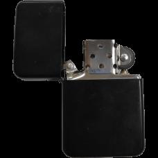 Зажигалка бензиновая Z16 черная матовая
